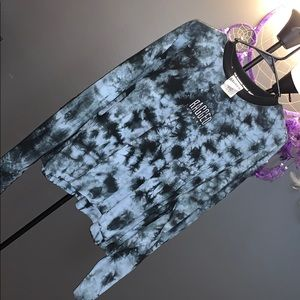 Long sleeve tiedyed shirt